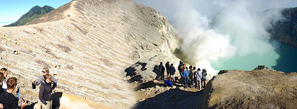 4D3N Bromo – Kalibaru – Ijen Crater Tour