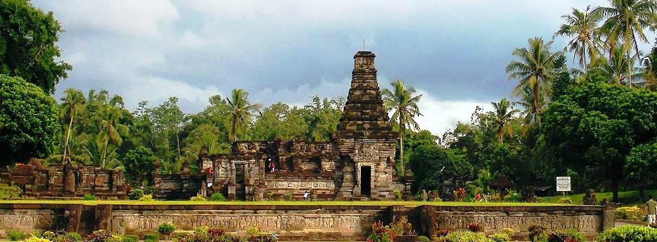 Ir. Soekarno; Penataran Temple Tour